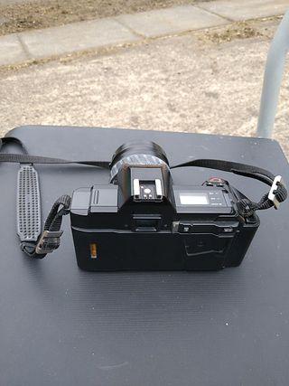 MINOLTA 5000 vintage camera with 35-80mm lens