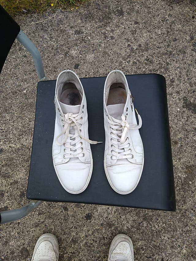 Authentic white Versace Lion Head trainers size 8