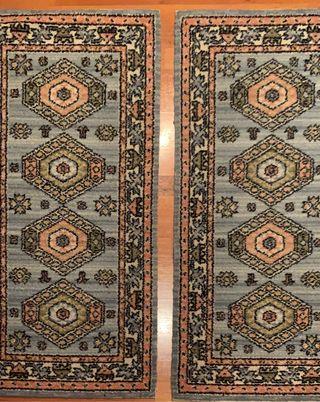 Conjunto de 2 alfombras pie de cama