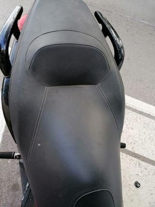 Yamaha xmax 250 cc