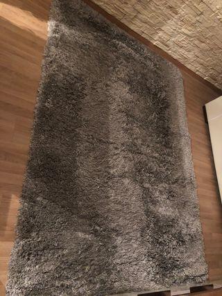Alfombra gris pelo largo Ikea Gaser