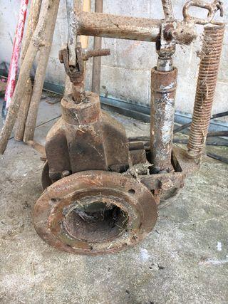 Tajadera cisterna