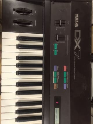 Sintetizador Yamaha DX7 original