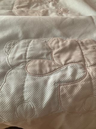 Edredón de cama cuna
