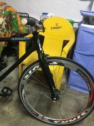 Bicicleta fixie kamikaze