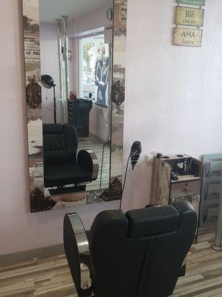 conjunto de mobiliario de peluquería