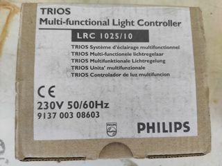 Controlador de luz multifunción