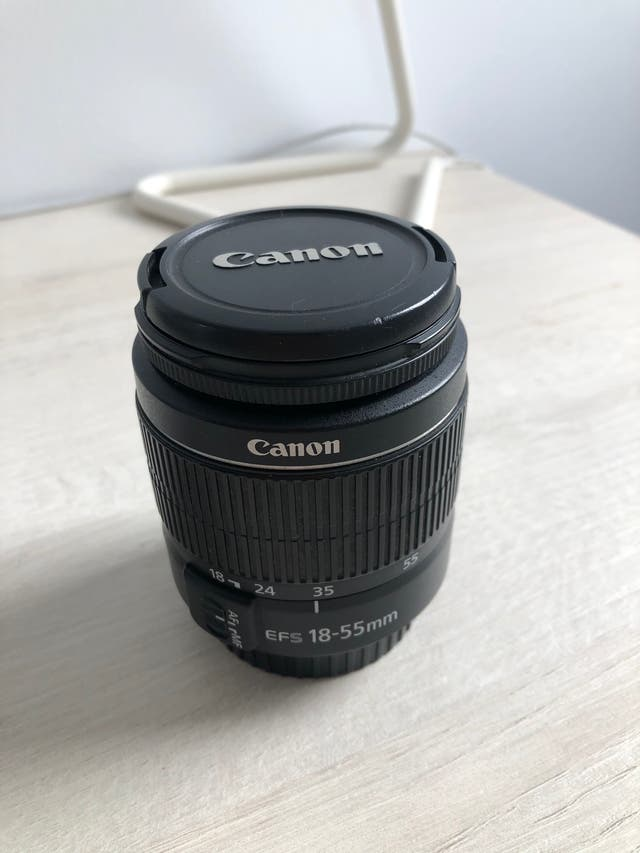 CÁMARA CANON EOS 1100D + OBJETIVO 18-55mm 3.5-5.6