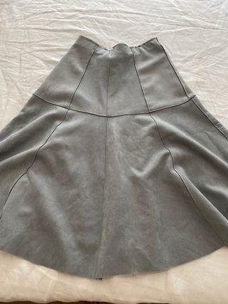 Falda ante super suave gris