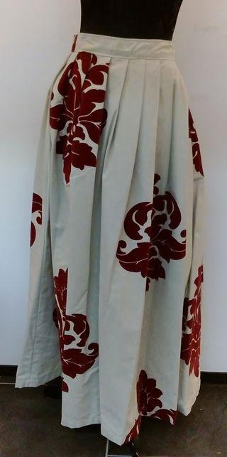 Falda Estampado Rojo Adulto.Confeccion Medieval