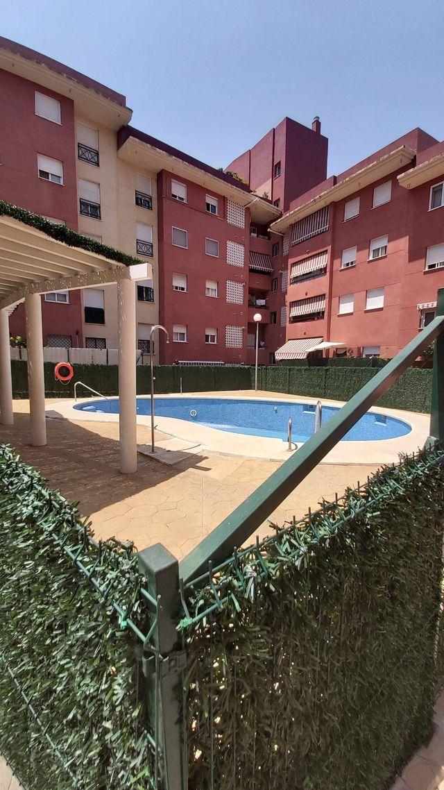 Piso de 3 dormitorios en San Pedro de Alcántara (San Pedro Alcántara, Málaga)