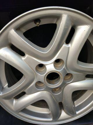 llantas de aluminio R16 pulgadas