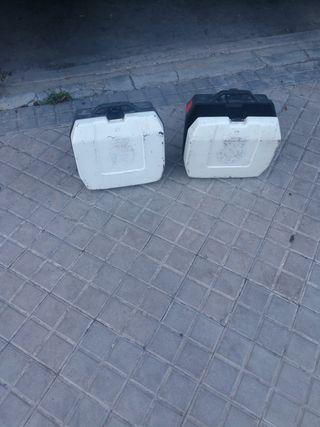pareja de maletas de moto vintage