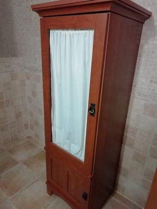 Mueble vitrina cuarto de baño