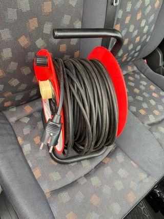 Rollo cable de luz