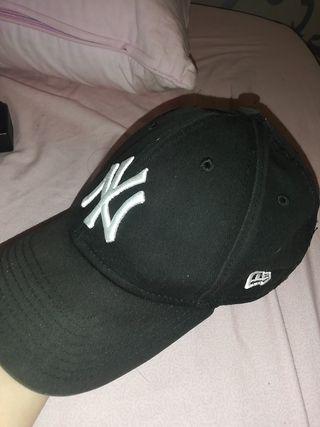 gorra ny negra