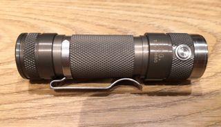 Linterna DQG V3 850 lúmenes Led XM-L2