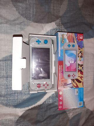 Nintendo Switch Lite EDICION POKÉMON