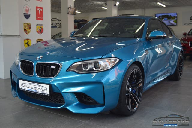 BMW M2 MANUAL LIQUID. STOCK