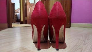 Zapatos tacón rojos
