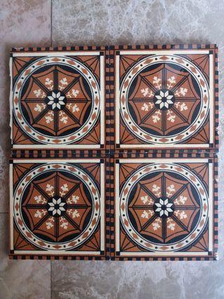 4 azulejos Mintons estilo Art Nouveau.
