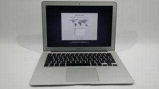 Apple MacBook Air 4,2 i5 1,7Ghz 4 RAM 128 SS 10073