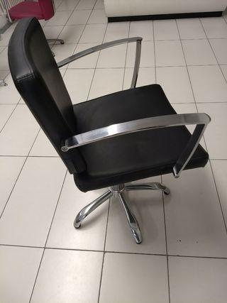 Butaca profesional de peluquería, con elevador