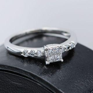 Anillo Oro Blanco 18k y diamante .26