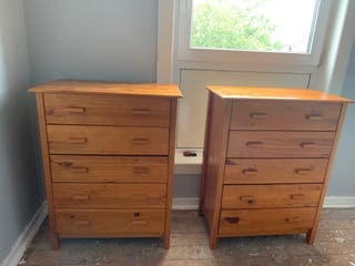 2 Oak chest of drawers