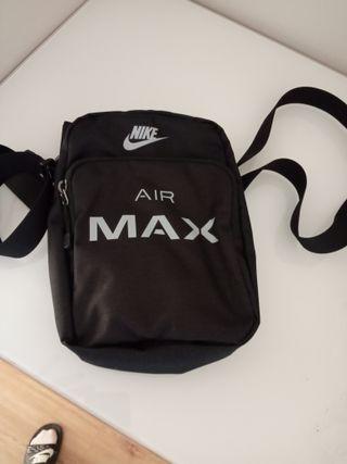 bandolera Air Max