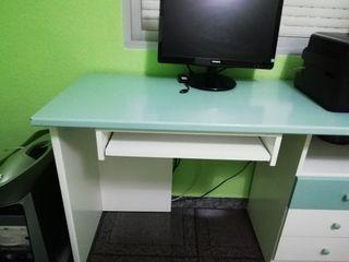 Cabecero cama, escritorio y arcón
