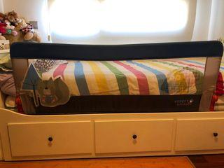 Barrera plegable de cama infantil 150cm de Olmitos