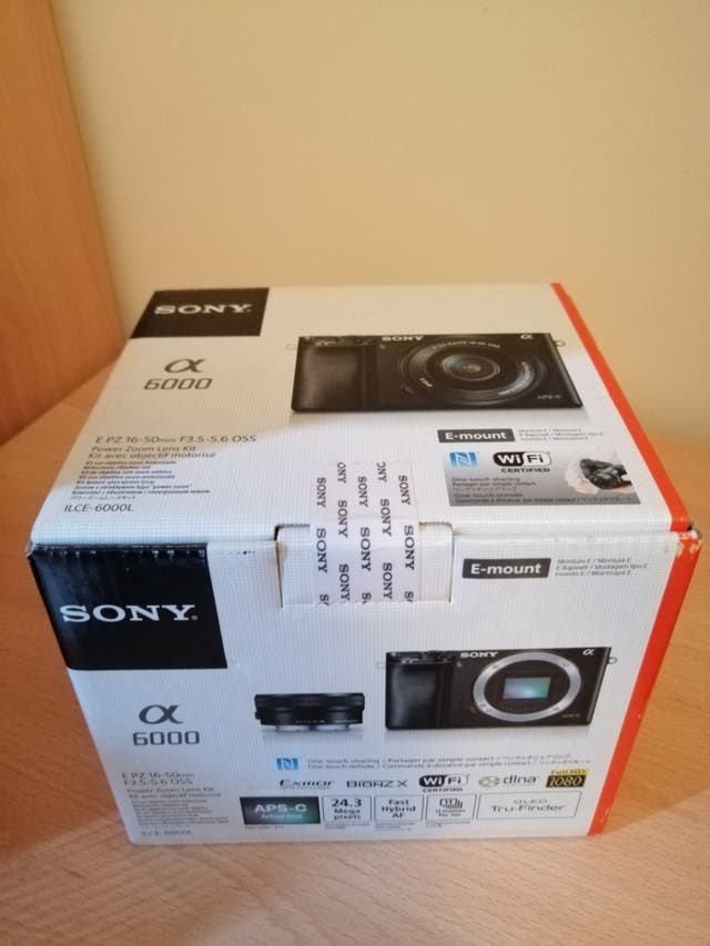 Sony ILCE6000LB Alpha A6000 Mirrorless Camera