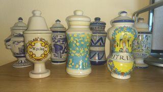Colección 50 tarros de farmacia de cerámica