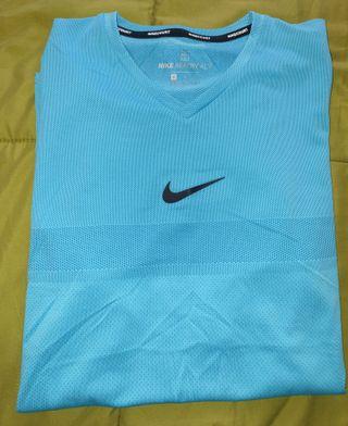 Camiseta Nike de deporte de hombre.Nueva