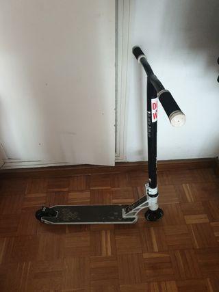 Scooter slamm urban v negro/blanco