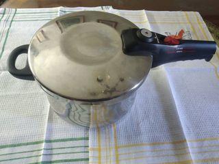 Olla exprés Magefesa 6 litros