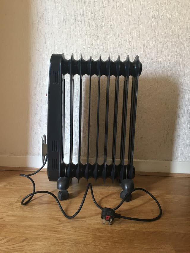 Hyundai oil filled electric radiator heater