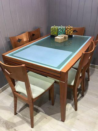 Mesa extensible madera cerezo y 6 sillas