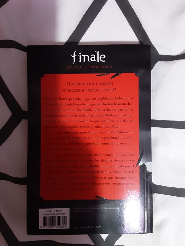 Finale (Hush Hush 4)