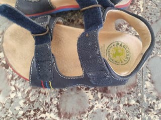 lote zapatillas y chanclas talla 28