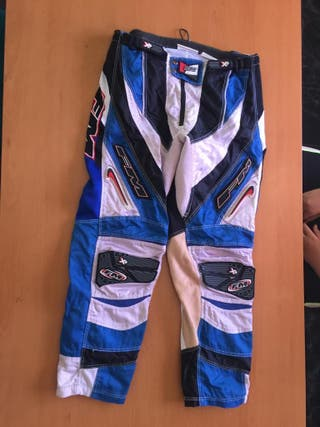 pantalo de moto talla: 48