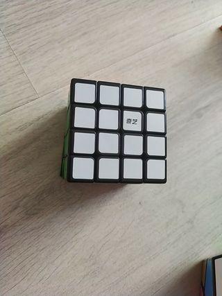 cubo de Rubik 4+4.