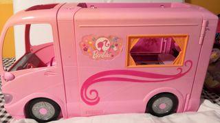 Caravana barbie y Muñeca