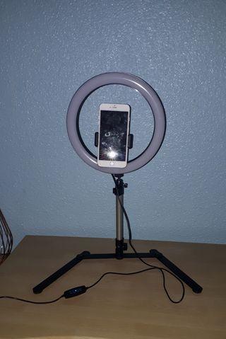 mini-trípode con LED para móvil