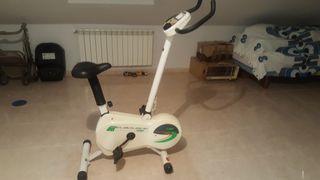 Bicicleta estática con tensiometro