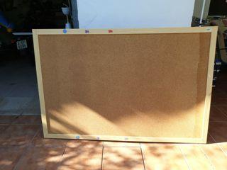 tablón de corcho con Marco de madera