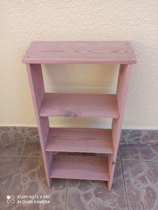 Escalera estantería decoración rosa