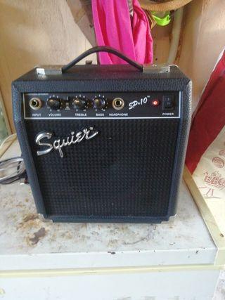 amplificador guitarra fender Squier sp. 10