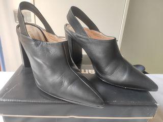 Zapatos con tacòn